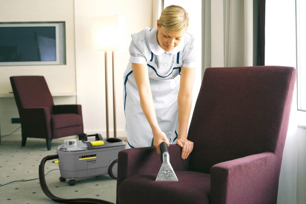 Як очистити засмальцьований диван фото 10